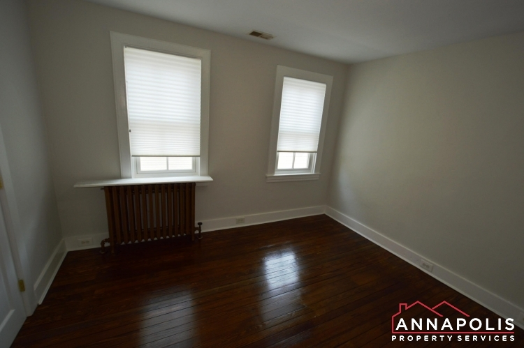 17 Brewer Ave-Bedroom 2a(3).JPG