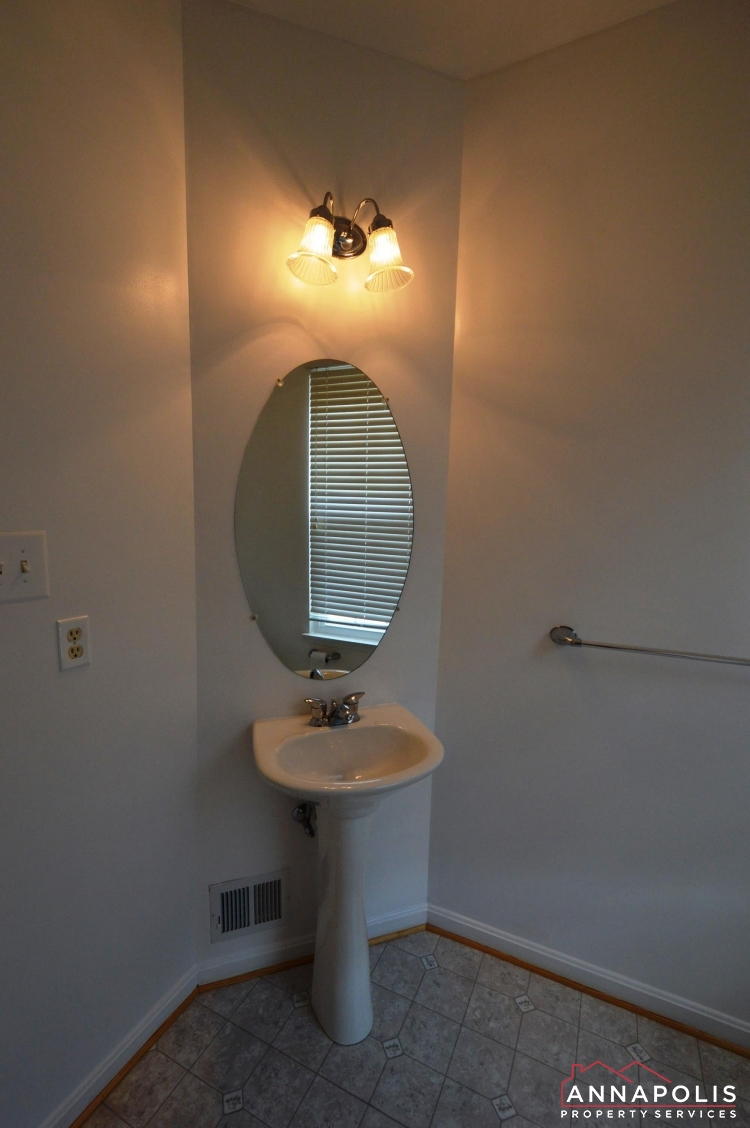 1016 Meandering Way-Powder room.JPG