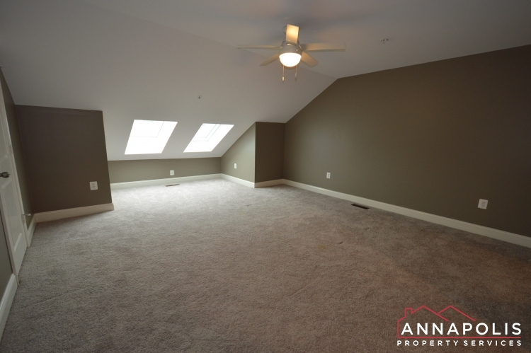 108 Vanguard Lane-Loft an.JPG