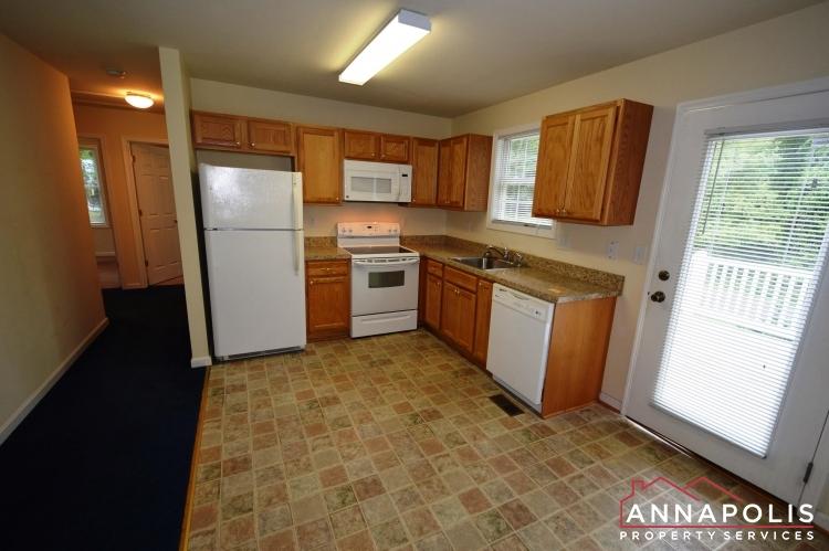 165 Browns Woods Rd-Kitchen c(2).JPG