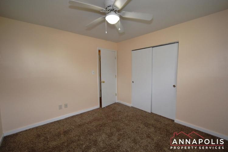 531 Bruce Ave-Bedroom 1b(1).JPG