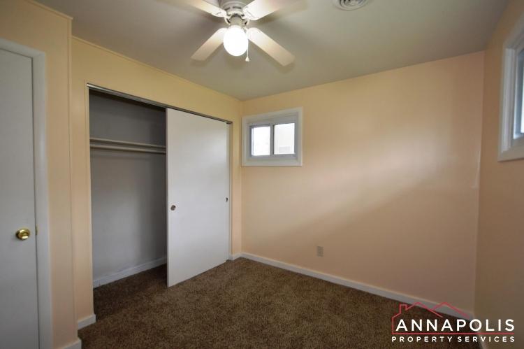 531 Bruce Ave-Bedroom 2b(3).JPG