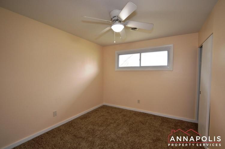 531 Bruce Ave-Bedroom 3b(3).JPG