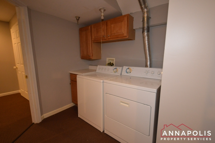 546 Francis Nicholson Way-Washer and dryer an.JPG