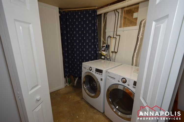 235 Gross Ave-Laundryroom.JPG