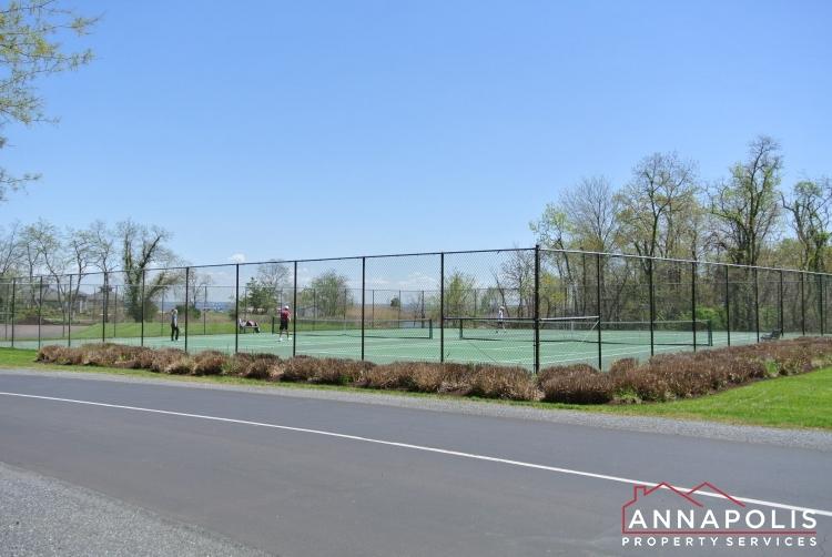 2016 Quay Village Ct T2-tennis courts.JPG