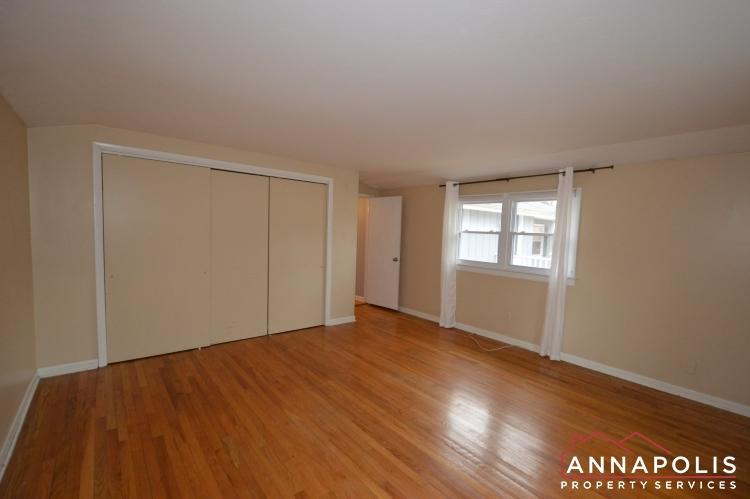 1066 Broadview Drive-Bedroom 1b(1).JPG