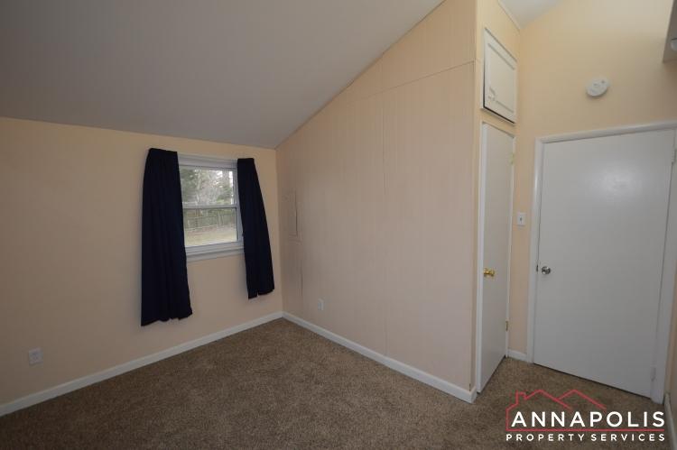 1066 Broadview Drive-Bedroom 2b(3).JPG