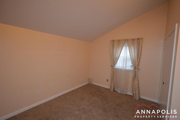 1066 Broadview Drive-Bedroom 3a(3).JPG